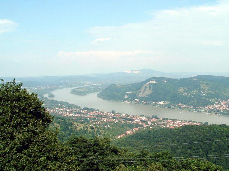 Fotó: Borzson.hu / A Duna látképe a Julianus-kilátóból